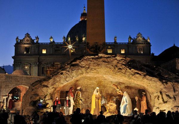 La crèche de Noël, place Saint Pierre de Rome (Vatican)